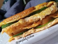 Egg Sandwich made with frying pan